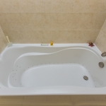 Ensuite Bathr-Therapeutic tub