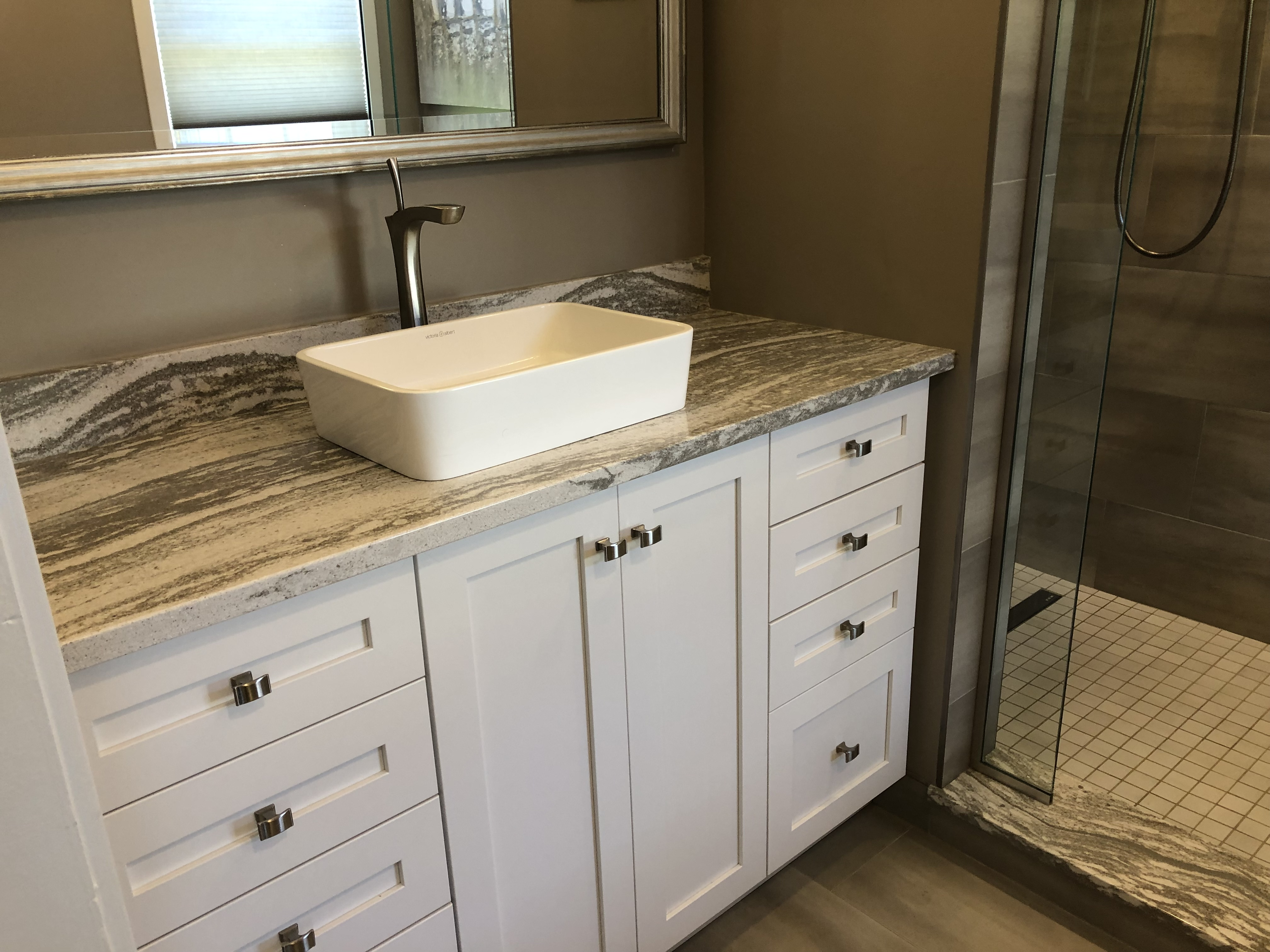 Ensuite sink &cabinetry